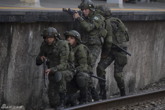 巴西警方进行反恐演习(资料图)
