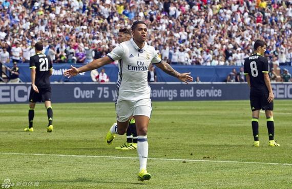 马里亚诺打入了一粒精彩的进球