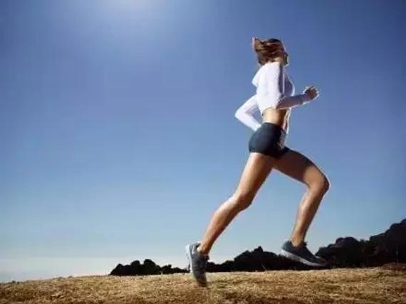 为何炎天跑步更简单抽筋?