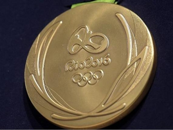 一枚里约奥运金牌值多钱? 它含494克银6克黄金