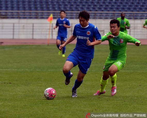 在本赛季首次交锋中,新疆雪豹0:1负浙江毅腾