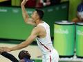 美媒:中国男篮得分都靠体操动作 周琦表现挣扎
