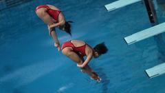 新浪直击女子双人3米板