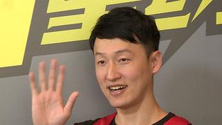 视频-新浪3X3总冠军飞抵里约 传奇射手张佳滨畅聊人生