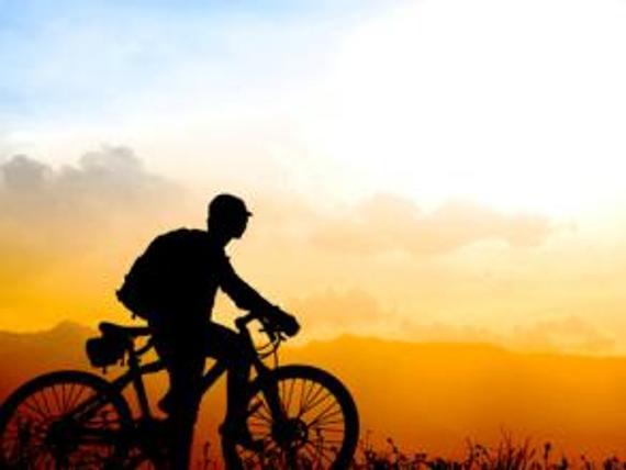 从国家最北一路骑行到三亚 父子从冷淡到密切