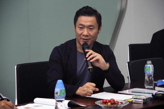 新浪高级副总裁魏江雷与大家分享