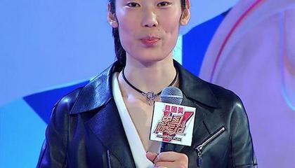 视频-朱婷现场再现表情包 夺冠庆祝欢乐五连拍