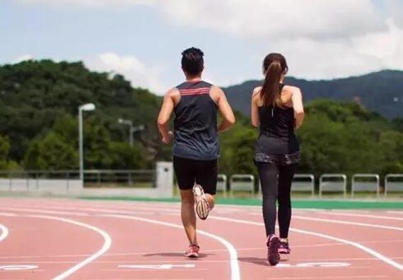 还不清楚铁三怎样跑步锻炼 提快速率服膺四点因素