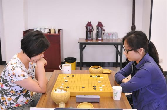 建桥杯本选赛第2轮 张璇获胜晋级