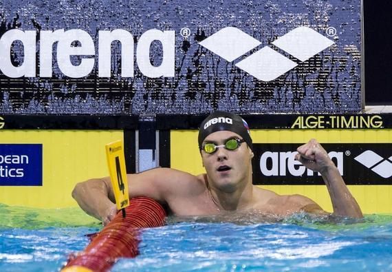 莫洛佐夫不断创造新的世界纪录