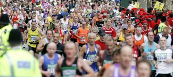盘点:奇闻趣事马拉松 英国跑者屡创最慢世界纪录