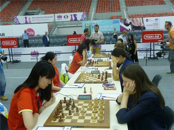 中国国象女队战胜俄罗斯队夺冠