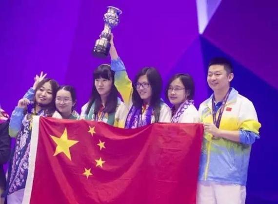 巴库第42届国际象棋奥林匹克团体赛中国队凯旋