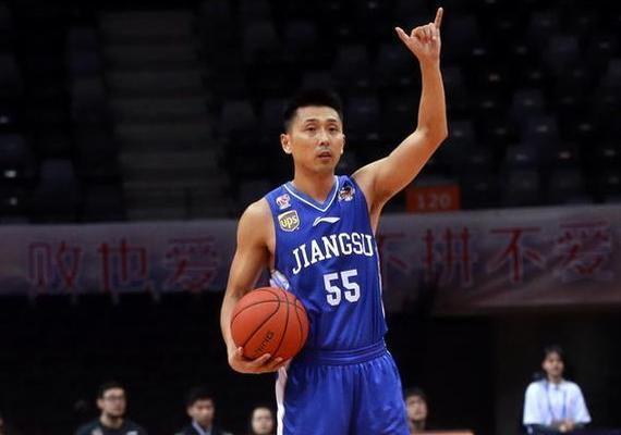 胡雪峰将再战一年