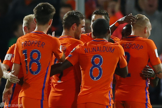 荷兰队取得一场酣畅淋漓的大胜