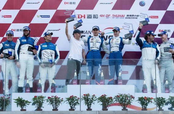 LMP2颁奖台