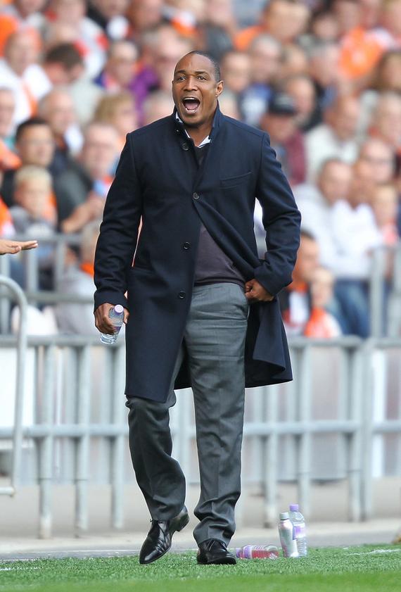 保罗-因斯退役后也当起了教练