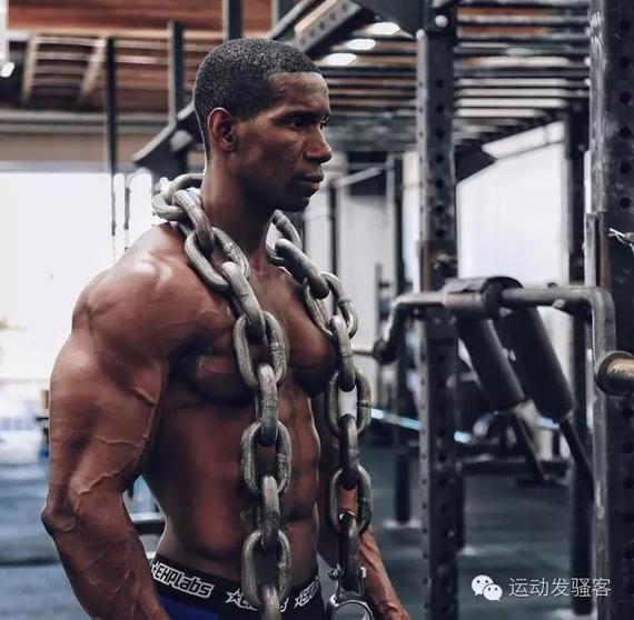 他是全球顶级健身模特