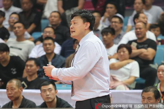 浙江主帅张博雨把失利原因归结在了篮板上
