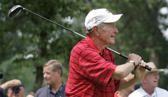 老布什高尔夫用品将拍卖 打球速度超快受尊敬
