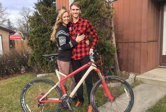 跑者追小偷半个多小时 夺回妻子被盗10天的自行车