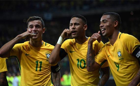 巴西新的三叉戟组合:库蒂尼奥、内马尔和热苏斯