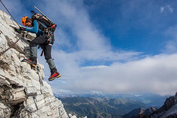 攀岩蹦极弱爆了 这些极限运动你敢尝试吗?