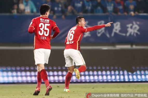黄博文庆祝进球