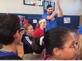 雷霆球员参加社区活动