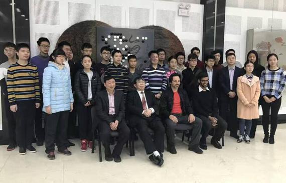 谷歌创始人谢尔盖布林和现任CEO皮查伊造访中国棋院