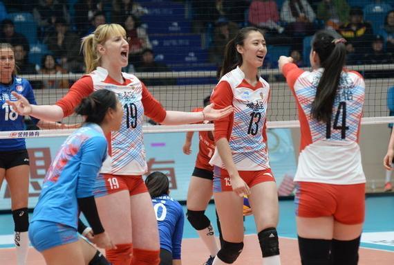 天津女排3-2险胜上海女排