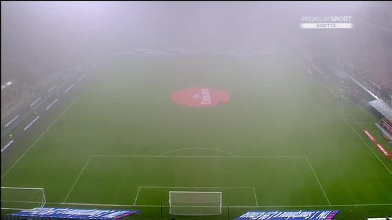 谁道便北京净化重?瞧米兰那雾霾 现场看没有睹球