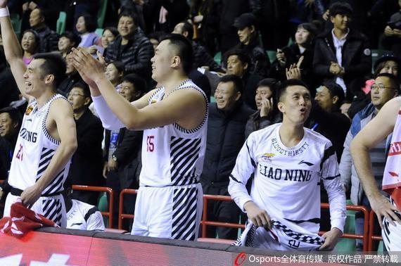 辽宁队第22轮轻松战胜广州