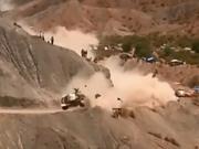 视频-2017达喀尔拉力赛非官方撞车集锦