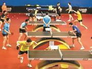 国乒男队集训开放日活动受热捧 球迷与国手过招