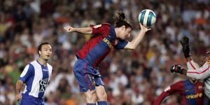 没有老马梅西上帝之手 没有黑点的足球你习惯吗