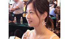 围棋大会美女志愿者:开启新人生 明年要参赛