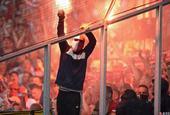门兴格拉德巴赫1-0科隆球迷燃放焰火