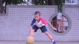 北投国小2年学生花式运球表演