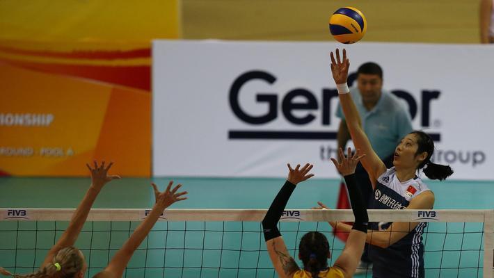 世预赛中国女排3-0哈萨克斯坦