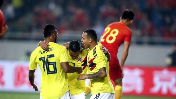 国足防线屡被打爆 0-4不敌哥伦比亚