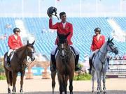 世界马术运动会压轴大戏场地障碍赛展开争夺 中国香港骑手赖桢敏顺利完赛