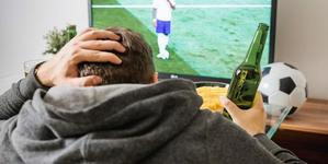 梅西C罗退役就不看球了?你和足球真能白头偕老吗