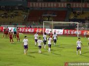 黑龙江FC客场被判点球疑似罢赛 比赛中断四分钟