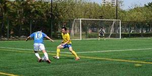 中国足球野球水平都在倒退 小年轻踢不过油腻大叔