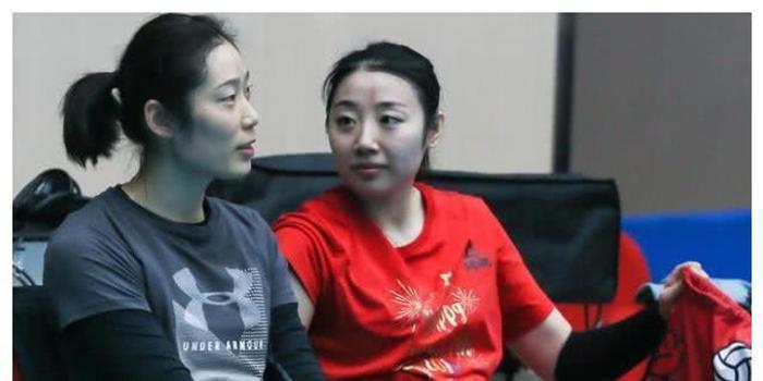 朱婷救球震惊天津体育台解说 她打的球百看不厌