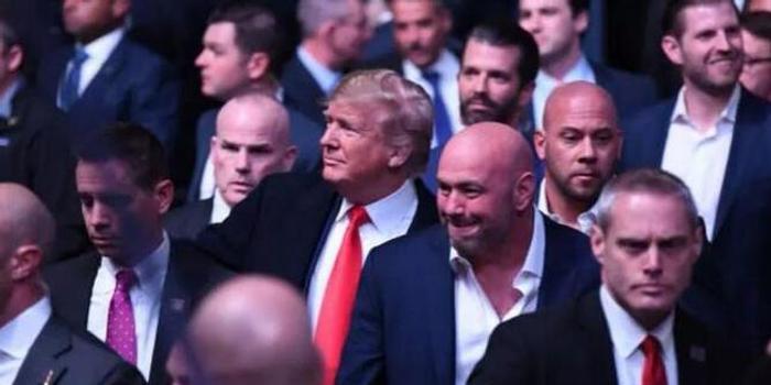 UFC第500期阵容超豪华 总统亲临巨石强森颁奖