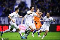 足协杯-申花3-0鲁能惊天大逆转 三年内第二次捧杯