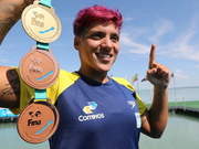 游泳世锦赛女子5公里巴西猛女夺冠 侯雅雯杀进8强