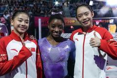体操世锦赛平衡木刘婷婷李诗佳摘银铜 拜尔斯夺冠